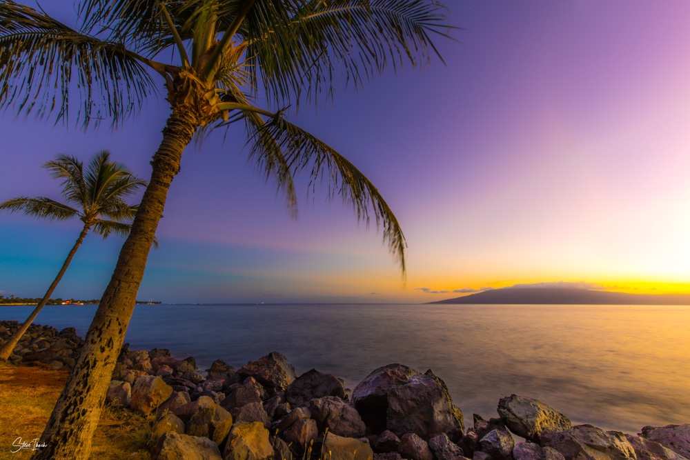 Hawaii beach sunset with purple sky